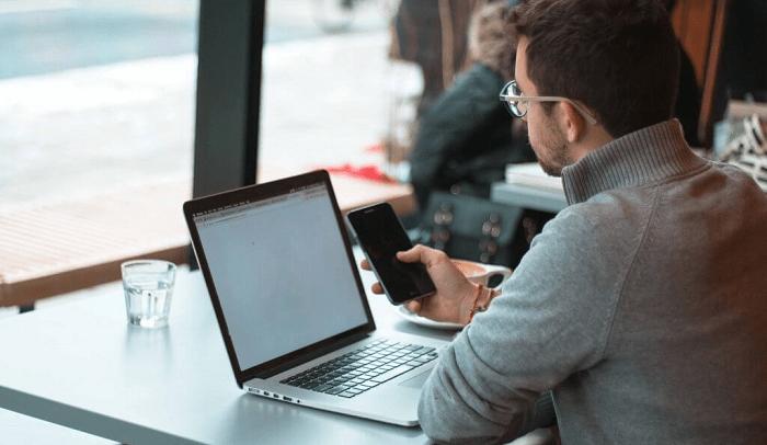 Travailler en freelance : Les clés du succès pour séduire et fidéliser des clients du monde entier