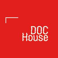 Doc House recrute un.e Chargé(e) de la Gestion Administrative et Financière à plein temps